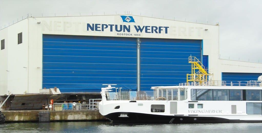 Neptun Werft liefert zwei neue Flussschiffe für Viking ab