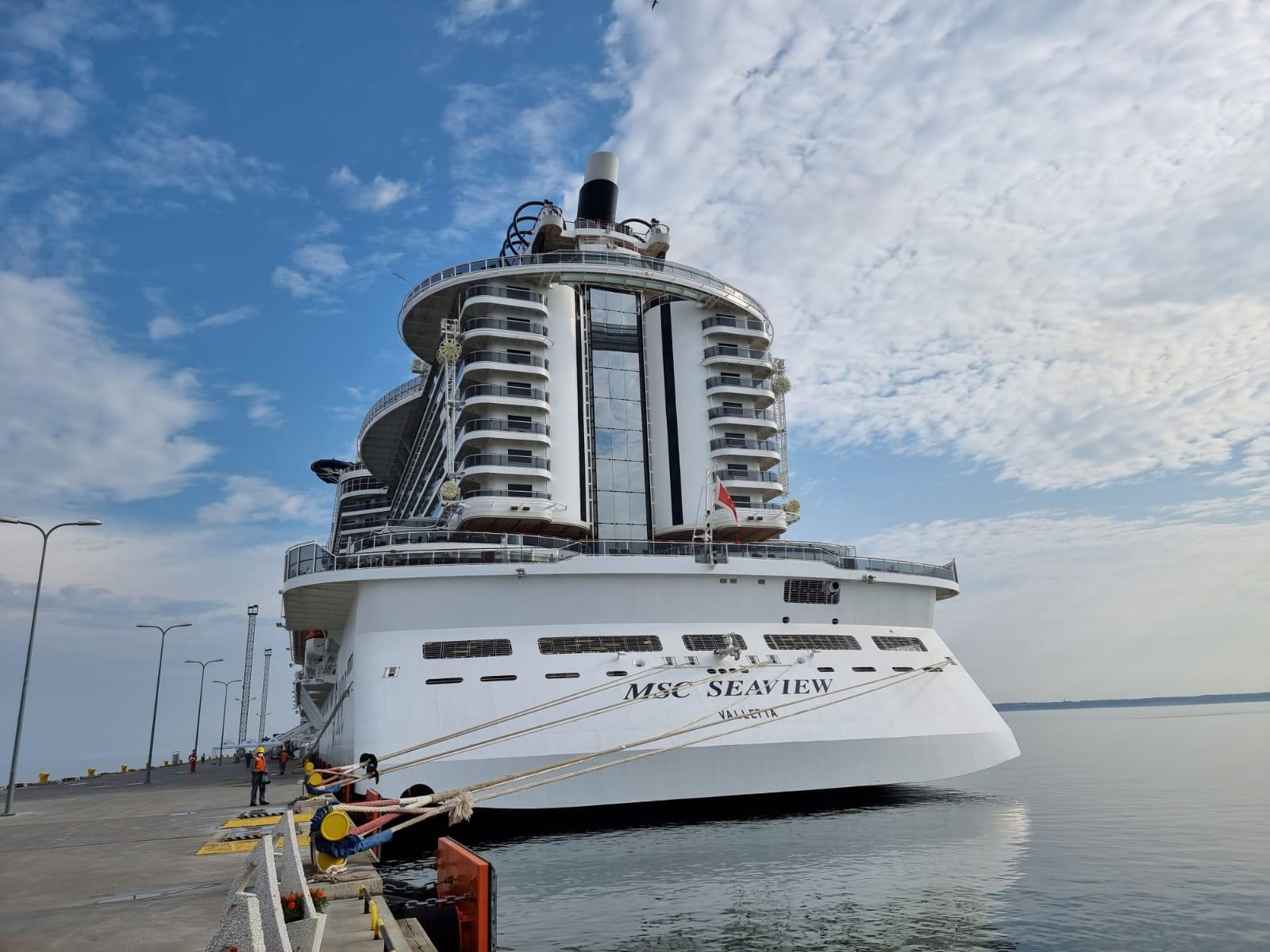MSC Seaview bei ihrem Erstanlauf in Tallinn