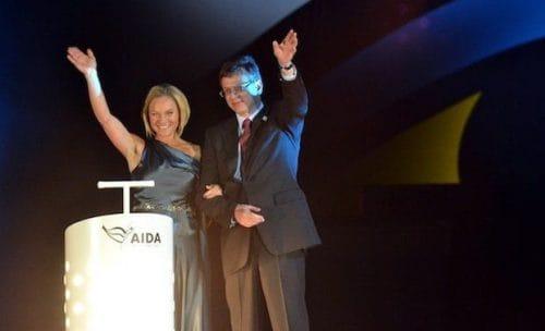 Aidasol Taufe - Bettina Zwickler und Michael Thamm / © AIDA Cruises
