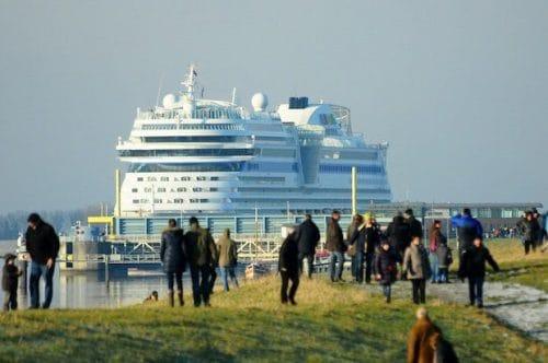 AIDA Emsüberführung / © AIDA Cruises