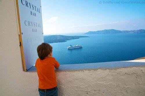 Costa Fascinosa in Santorini 10