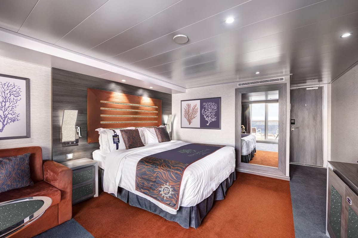 MSC Yacht Club Crystal Cabin_photo credit Cruise Critic