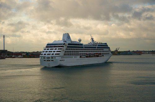 Oceania Nautica beim Einlaufen in Kopenhagen 14