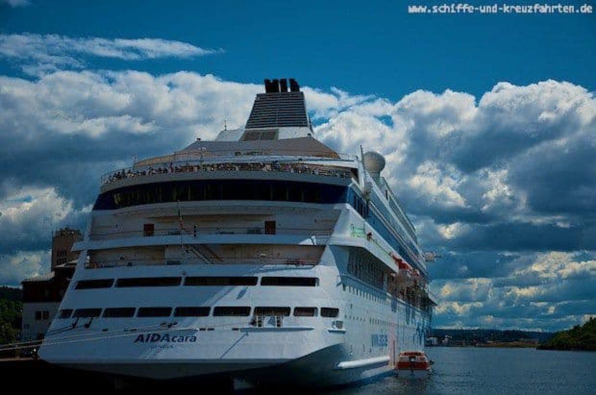 AIDAcara startet ab Hamburg auf ihre erste Selection Reise