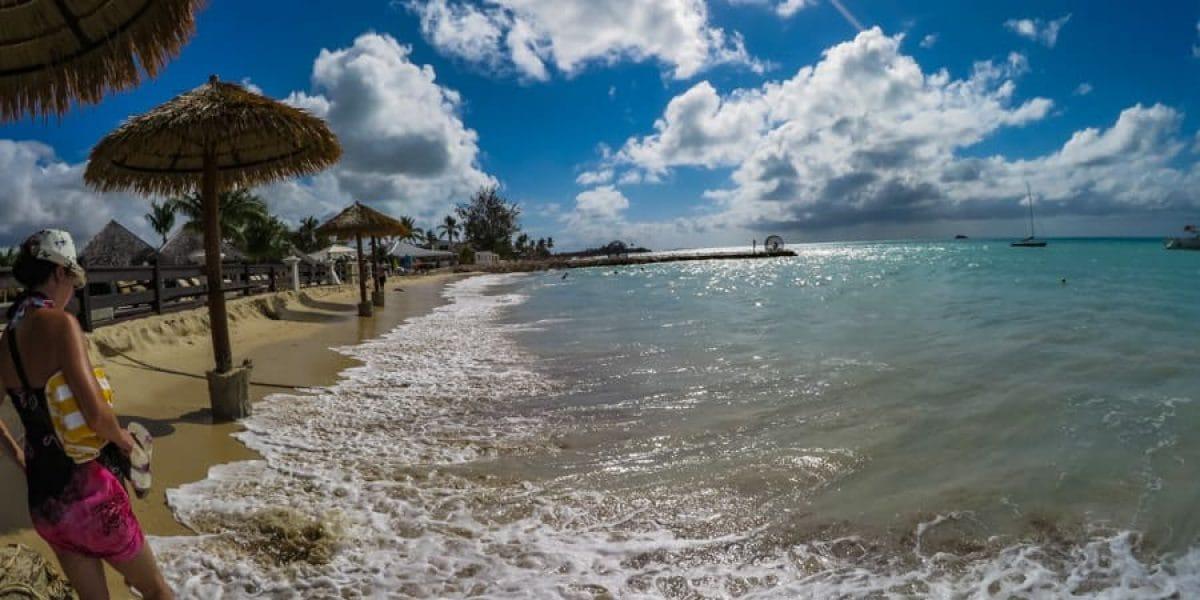 Tony's Beach / Dickenson Beach / Coconut Grove Antigua