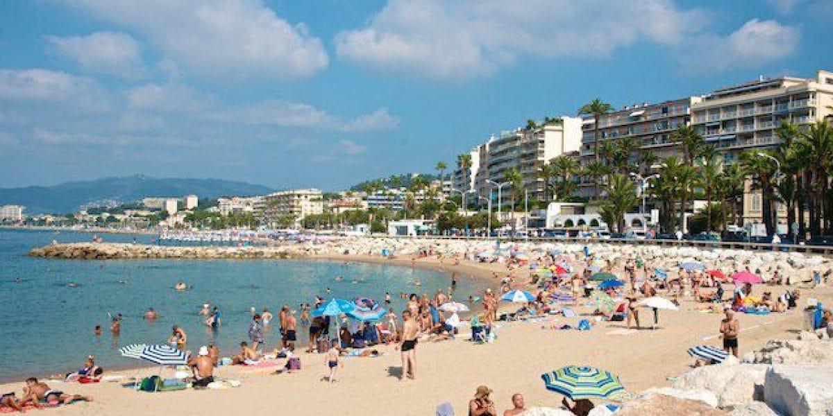 Der Strand von Cannes