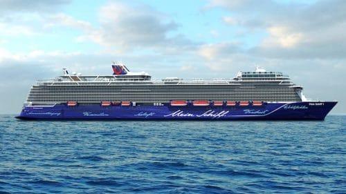 Die neuen Kreuzfahrtschiffe Mein Schiff 1 und Mein Schiff 2 von TUI Cruises werden 20 Meter länger / © TUI Cruises
