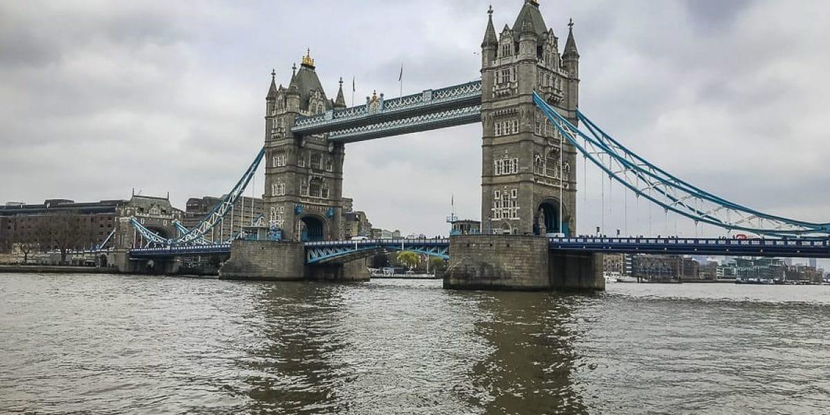 Die Tower Bridge in London - Erreichbar von Southampton