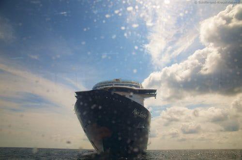 Mein Schiff 5 Bornholm aus  dem Tender