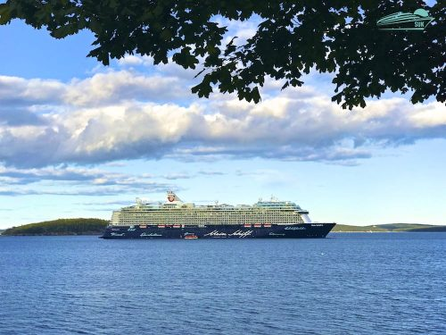 Mein Schiff 6 in Bar Harbor