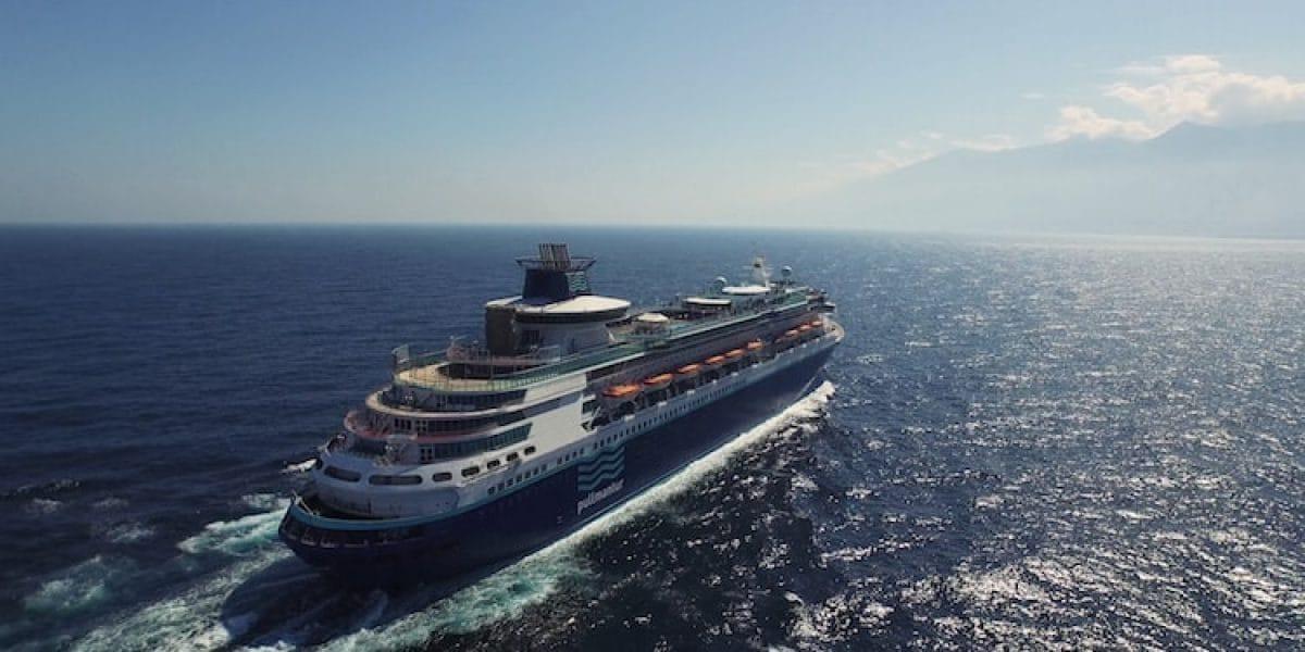 MS Monarch, ex Monarch of the Seas startet ab Warnemünde im Sommer 2016 / © Pullmantur Cruises