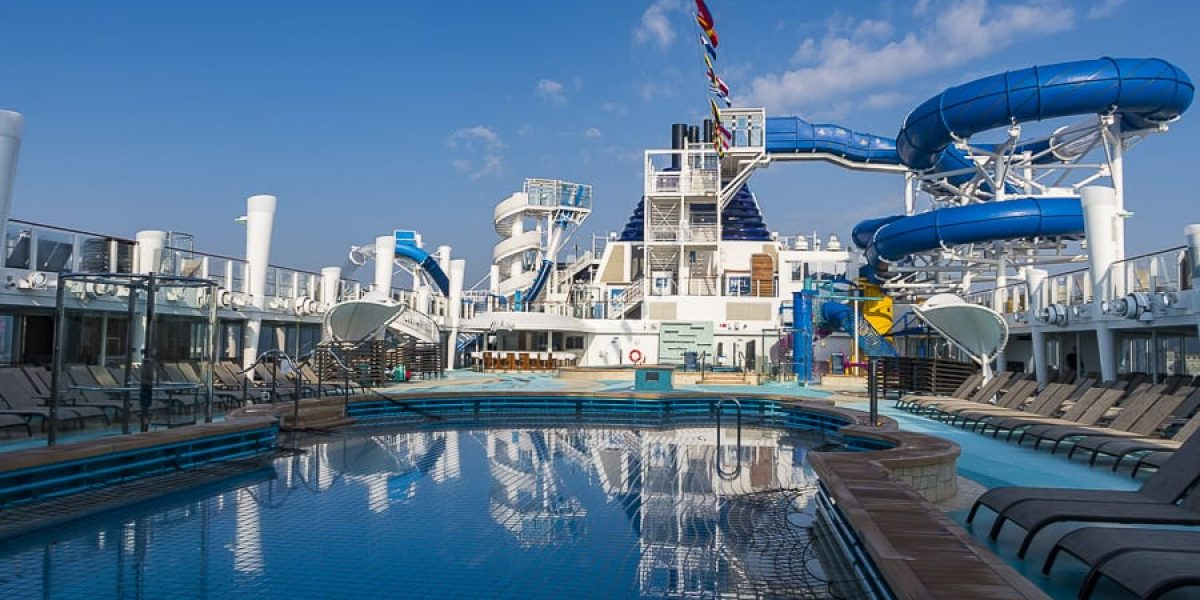 Pooldeck @ Norwegian Bliss